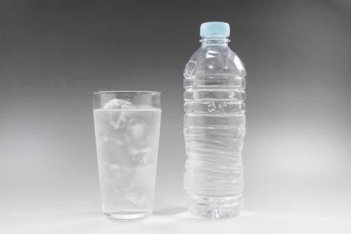 ボトル 水 腐る ペット